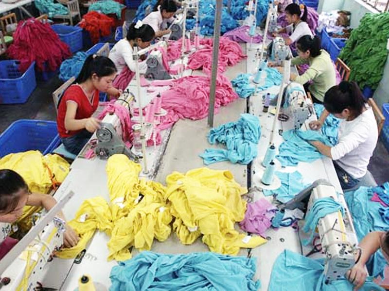 Kompeksi pakaian murah